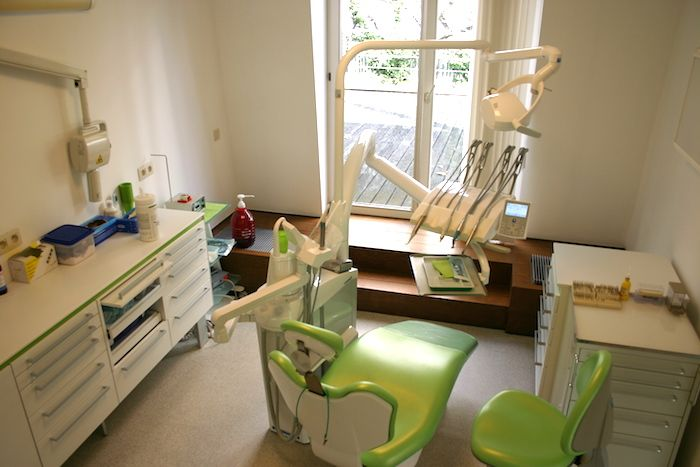 Brussels-Smile-Clinic-Cabinet-N2-2